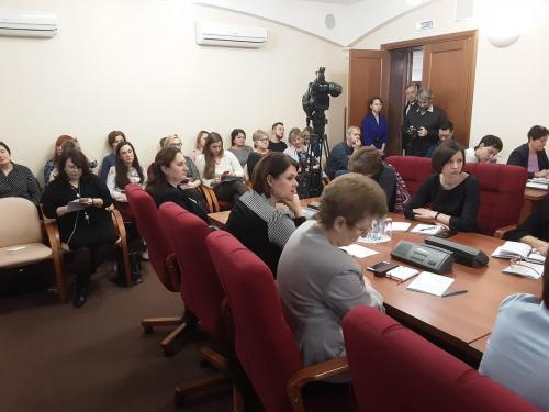 Зам.главы Кольчугинской администрации Семенова Е.А.